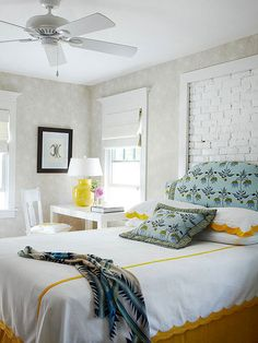 Make your guests feel welcome with this light and fresh room: http://www.bhg.com/rooms/bedroom/makeovers/guest-bedroom-ideas/?socsrc=bhgpin081914homeawayfromhome&page=1