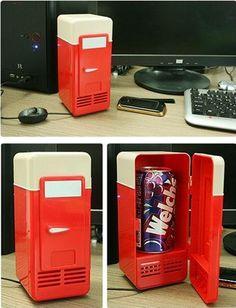 USB mini-fridge