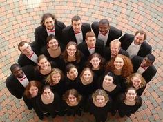 12 tips for taking great group photos.