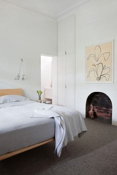 Black and white interiors by Robson Rak Architects | Plastolux