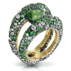 Faberge Charmeuse Verte Ring