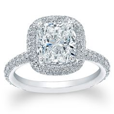 wow engagement ring!!