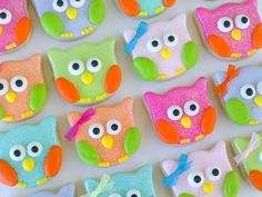 @Kathryn Whiteside Whiteside Whiteside lundrigan. Owl Cookies-  using tulip cutter