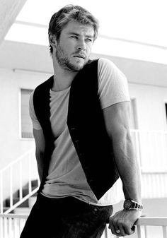 Chris Hemsworth  #Hemsworth