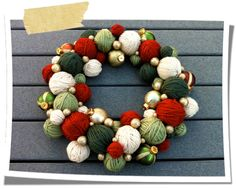 DIY Yarn Wreath {TIP: use styrofoam balls wrapped in yarn}