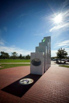 Our vets are amazing and so is this memorial! - Amazing Veterans Day Memorial Designed to Only Work for a Moment Once a Year