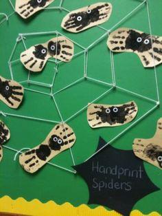 Halloween craft from @momstown.ca: Sweet Handprint Spiders