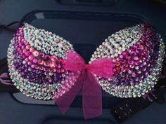 Now that's a blingin' bra, probably not the most comfortable but pretty none-the-less :).
