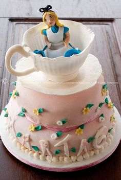 Alice in wonderland cake idea, stuff, cakes, food, alice in wonderland, wonderland cake, parti