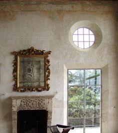 walls, mirror