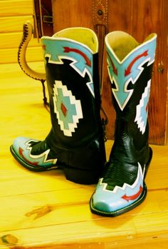 chava custom boots