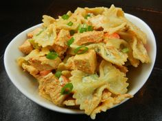 Buffalo Chicken Pasta Salad: Football Foodie Kickoff