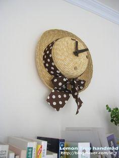 Straw hat clock
