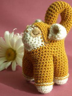Free pattern  Ravelry: Manuel the Monkey pattern by Dawn Toussaint