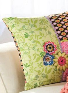 Put together a few of your favorite fabrics to create a cute pillow for any room. | easy quilt tutorial