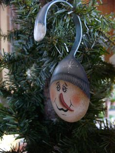 "3.5"" Snowman Painted Spoon Christmas Ornament. $15.50, via Etsy."