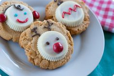 white chocolate peanut butter cup christmas cookies!!