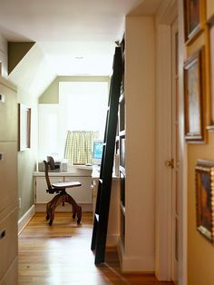 Hallway Hideout - making a cute little office out of a nook in the house. Definite possibilities in an old Maine home :)