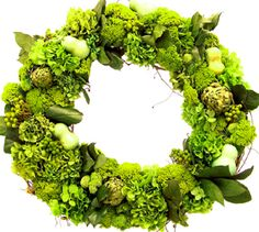 #uncommon & #contest    I remember going and collecting grapevines from the neighbor and then soaking them to make them easy to shape.  She had everyone buying her wreaths. wonder wreath, green wreath, wreath idea, floral wreaths, decor wreath, summer wreath