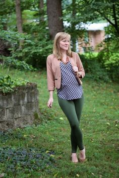 Work it: Workin' green on the bottom - Maternity Style