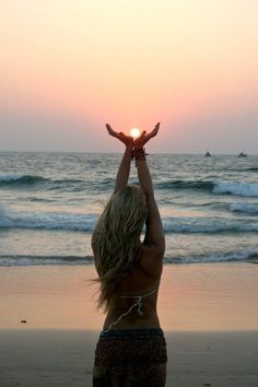 the next time i go to the beach I'm totally taking this pic!!