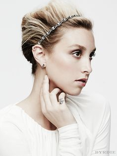 This modern bridal updo on Whitney Port is so chic! (via @byrdiebeauty)