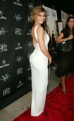 Jessica Biel glamour booty in a curve hugging white dress