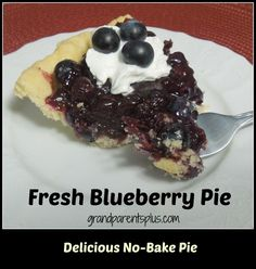 Fresh Blueberry or Strawberry Pie (No bake)