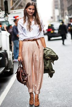 These pants + classic white shirt.