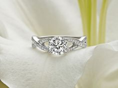 Ethical Dazzling Diamond Engagement Rings - 5 Star Wedding Blog