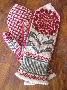 be still my heart -- aren't these gorgeous? I adore this pattern.
