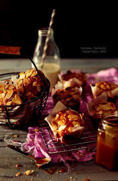 Chunky Banana Almond Oats Muffins