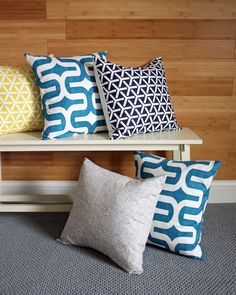 DIY easy envelope pillow covers: make a pillow cover in under 10 minutes!  #DIY #sewing