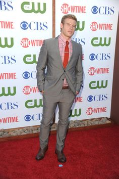 Love this shirt and tie combo! Oh, and he's pretty good too (Trevor Donovan).