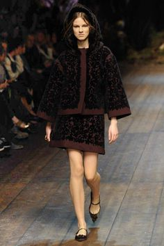 Dolce & Gabbana | Fall 2014 Ready-to-Wear Collection | Style.com fashion weeks, autumnwint 20142015, catwalks, autumnwint 201415, runway, dolc, fall 2014, photo galleries, burgundy