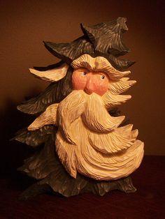 lisa tree, santa tree, tree santa, woodcarv