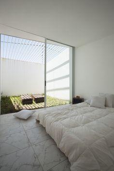 Casa Cisura / Manuel Cucurell + Sebastián Virasoro