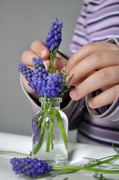 painting vases for spring blooms
