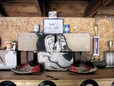 Sascha the Hamm's bear, long depicted throwing a strike on a mural outside Bowl-Mor lanes in Peoria, crumbled along with the rest of the building during demolition late last month. But the bear's head survives as a lovely display inside the garage of a particular Peoria newspaper columnist/Hamm's aficionado.