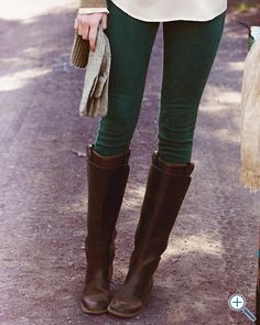 green jeans, colored pants, leather boots, outfit, riding boots, forest, fall trends, brown boots, green pants
