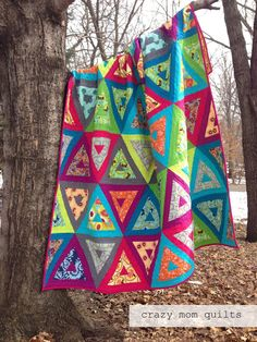 Nap like an Egyptian by Crazy Mom Quilts feat RJRs Cotton Supreme Solids http://crazymomquilts.blogspot.com/2014/04/nap-like-egyptian-quilt.html