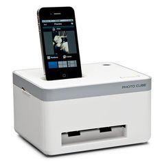 Hammacher Schlemmer iPhone Photo Printer $160