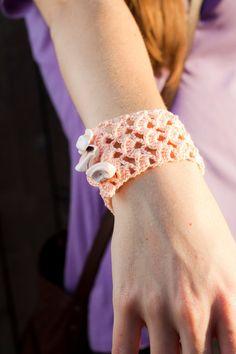 Peach Crochet Shell Pattern Bracelet with by KristenLikesCrochet, $8.00