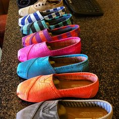 TOMS   buy one - give one