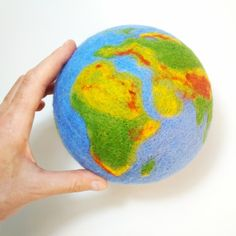 Wool Earth, Earth globe