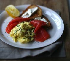 scrambled eggs w/ smoked salmon & chives