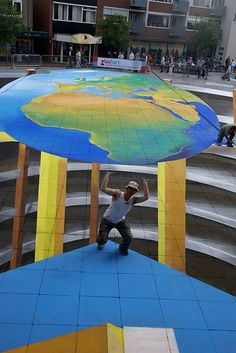 3D streetpainting largest by leon keer,