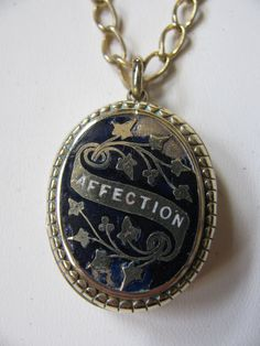 I will always love lockets!!