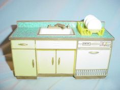 1960s Ideal Petite Princess Fantasy Sink & Dishwasher