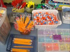 lots of organizational tips for making lapbooks in a whole-group setting